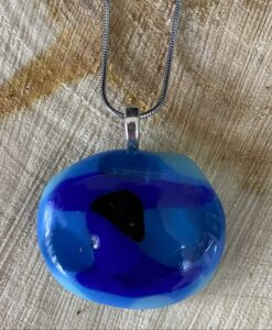 glas sieraden tinten blauw