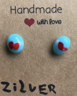 glas sieraden Friesland oor stekers lichtblauw1
