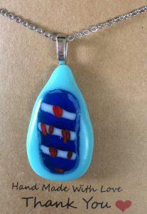 Friesland glas sieraden hanger lichtblauw